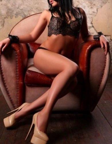 Ataköy Model Bayan Semra