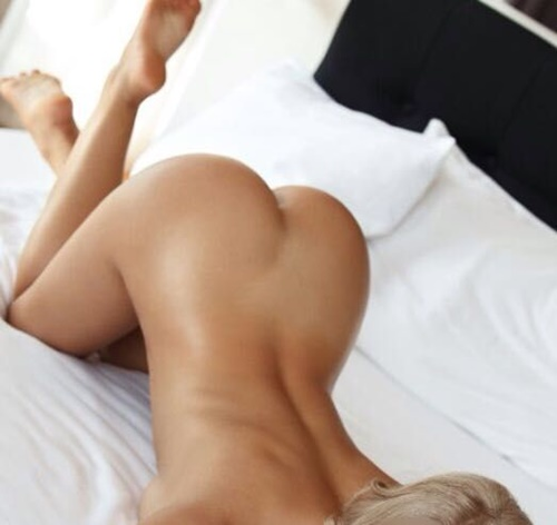 Ataköy Sarı saçlı Sexy Bucak