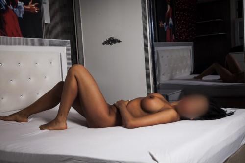 Ataköy Sarışın seksapel Escort Gülin