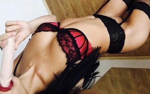Ataköy Seksi Bayan Gülpembe