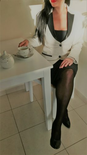Çekici saksocu kadın Rüya