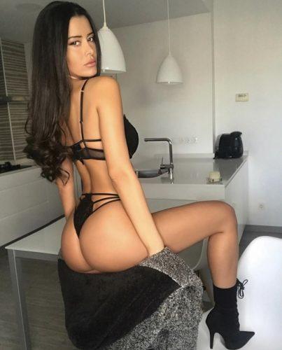 Seks kraliçası fetişe açık kadın Ayşe