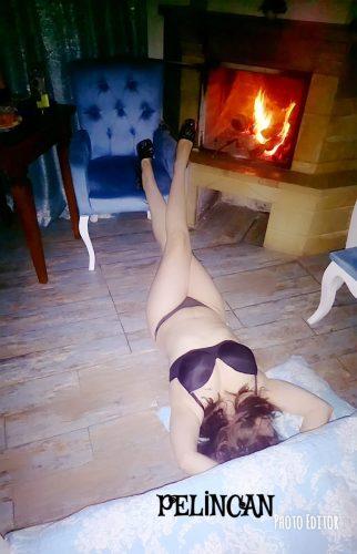 VİP dans yapan hatun Karanfil